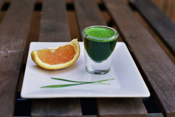 Wheatgrass Apple Juice